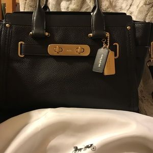 Coach Swagger Bag Black